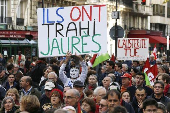 693187-manifestation-contre-l-austerite-a-paris-le-15-novembre-2014
