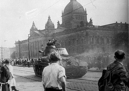 Leipzig_Reichsgericht_russischer_Panzer