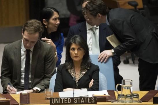 Lambassadrice-Etats-Unis-lONU-Nikki-Haleydune-reunion-Conseil-securite-situation-Moyen-Orient-18-decembre-2017_0_729_486