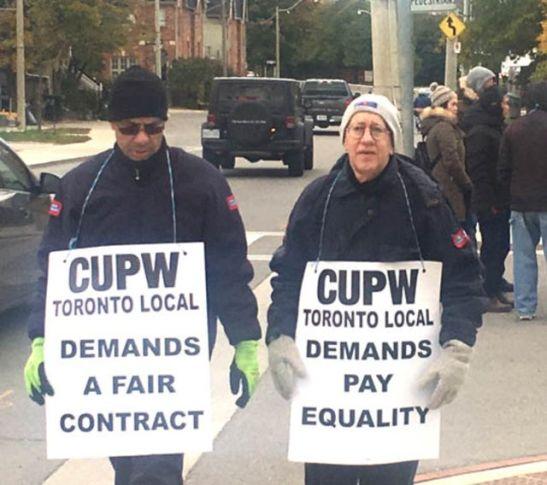 postiers en greve Toronto