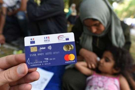 Migrants cartes crédits