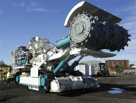 Deep-sea-mining-machine